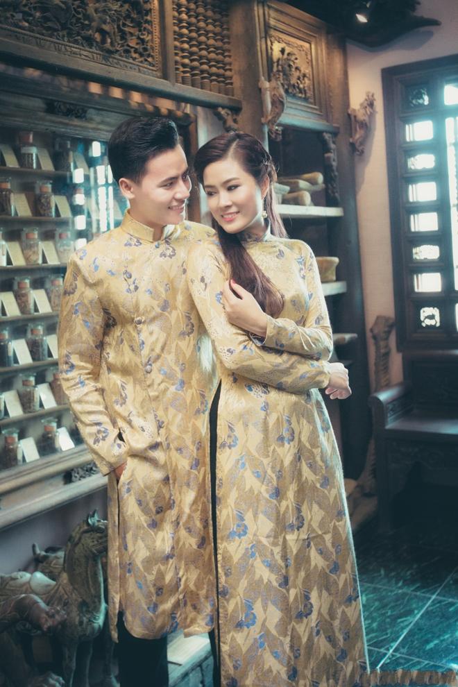 áo dài gấm cho cô dâu-chú rể