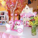 Trang trí bàn tiệc sinh nhật hấp dẫn cho bé