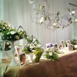 Dịch vụ trang trí tiệc cưới trọn gói với màu xanh chủ đạo