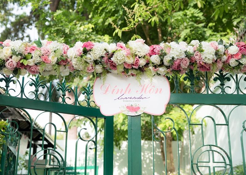 trang trí tiệc cưới tại gia sg