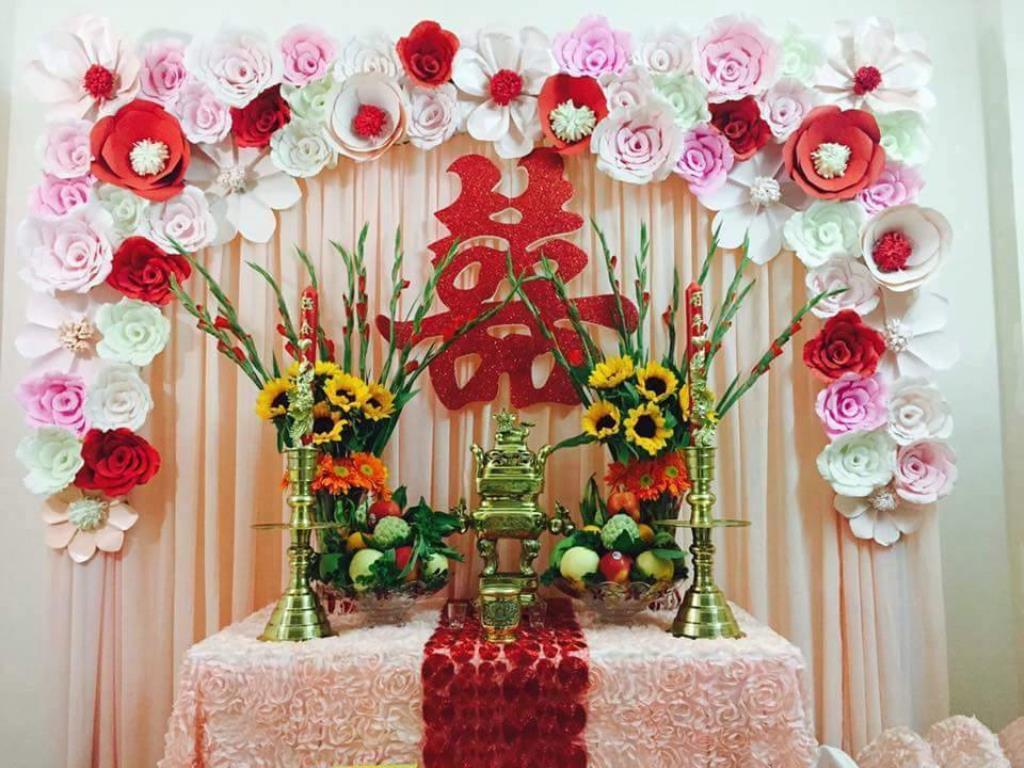 hoa bàn thờ gia tiên