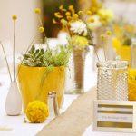 Trang trí tiệc cưới mùa đông theo tông vàng ấm áp
