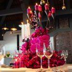 Chọn hoa trang trí tiệc cưới độc đáo, hiện đại và sang trọng