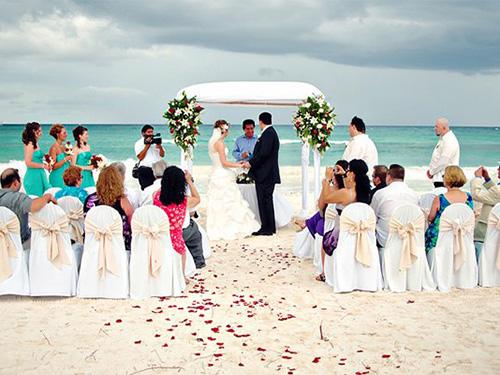 đám cưới ý nghiã cùng người thân