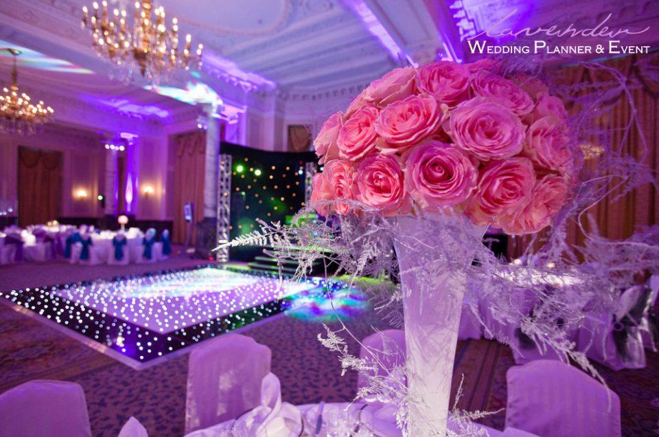 Lựa chọn màu sắc cưới theo phong cách bạn muốn