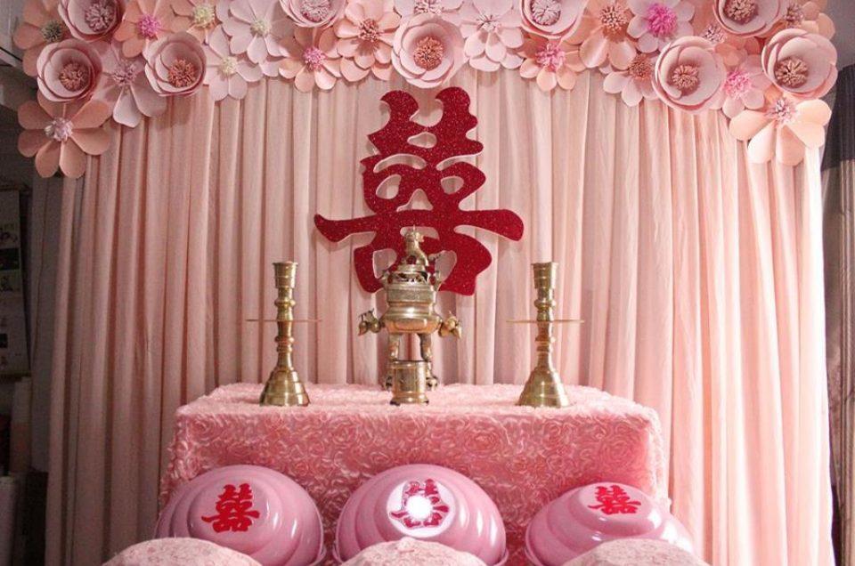 Trang trí bàn thờ gia tiên tiệc cưới