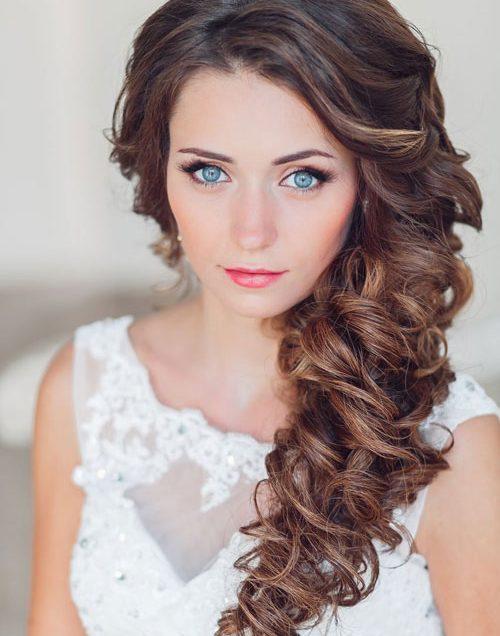 Những kiểu trang điểm lấp lánh dành cho cô dâu bánh bèo