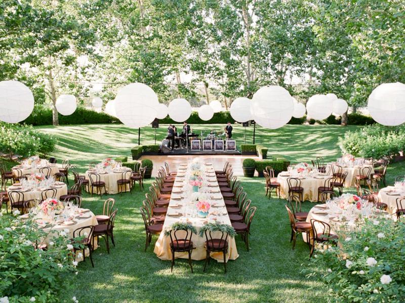 Lavender lưu ý khi tổ chức tiệc cưới ngoài trời vào mùa hè