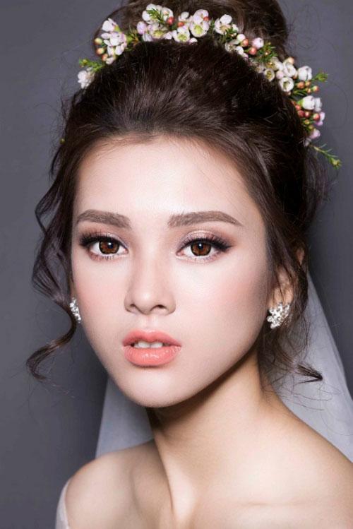 lavender studio và phong cách trang điểm cô dâu
