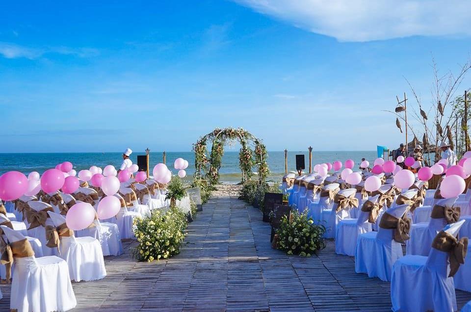 Đừng bỏ lỡ kinh nghiệm tổ chức đám cưới ở bãi biển cực hay sau đây