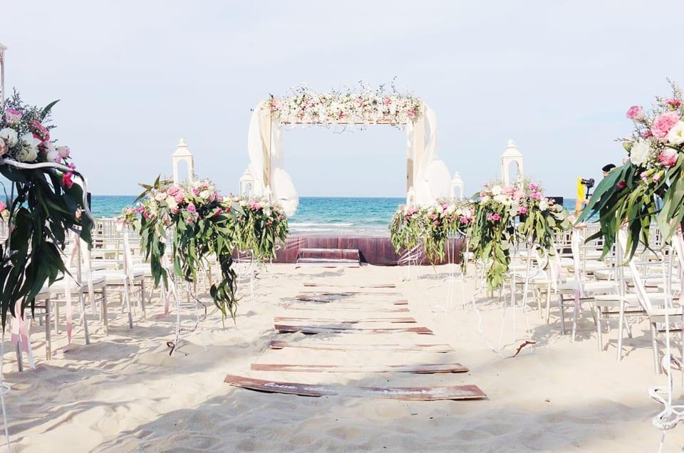 Chia sẻ kinh nghiệm tổ chức đám cưới tiết kiệm nhưng vẫn hoành tráng