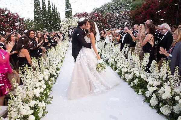 Kinh nghiệm tổ chức đám cưới xa với tiêu chí tiết kiệm chi phí